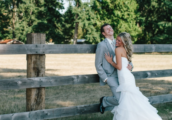 Jess Hunter Photography, Jessica Hunter, Seattle wedding photographer, washington state wedding photographer, rustic wedding, farm wedding, north florida wedding photographer, elopement photography, bride and groom portraits outdoors